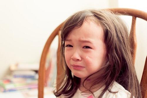 手足口病・ヘルパンギーナで夜寝ない、夜泣きする時の3つの原因と対処法!やってはいけない逆効果なことは?