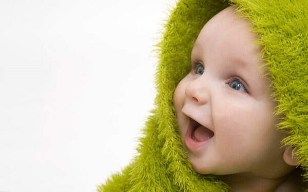 0歳~1歳向け知育玩具!赤ちゃんが飽きずに長く使えて成長するおもちゃ5選